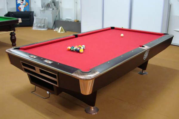 How do american pool tables stack up to the english variety sportslr - Billiard table vs pool table ...